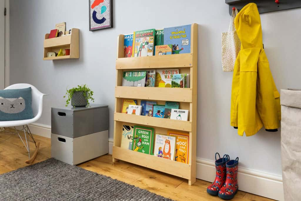 tidy_books_childrens_bookcase_natural_no_letters_-_reading_-_low_res_2