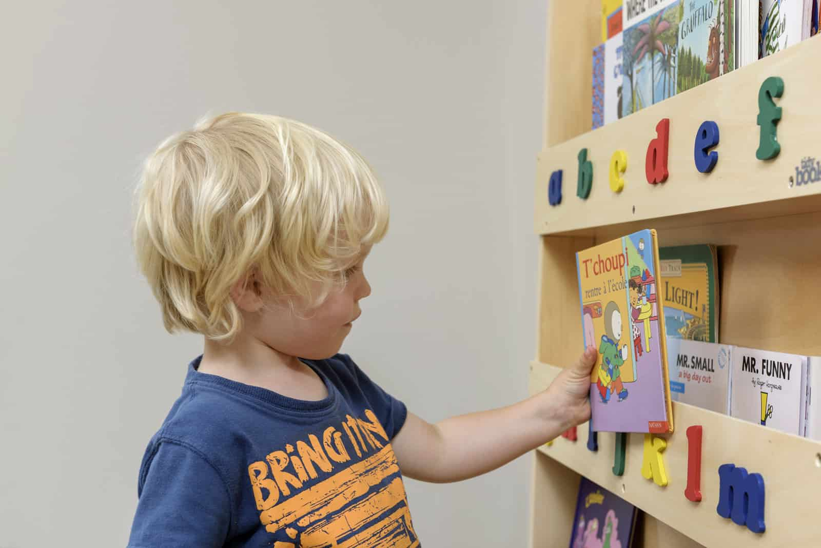 tidy books, bücherregal, montessori, lesen, kindermöbel