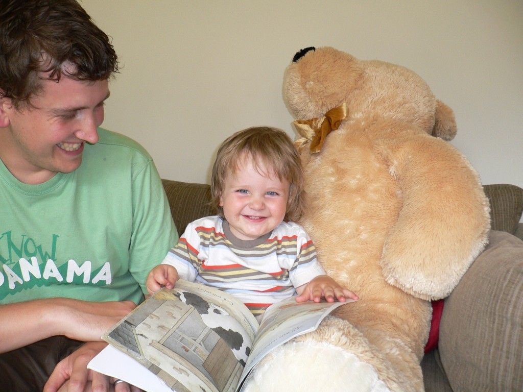 dad, son, reading, family, Tidy Books