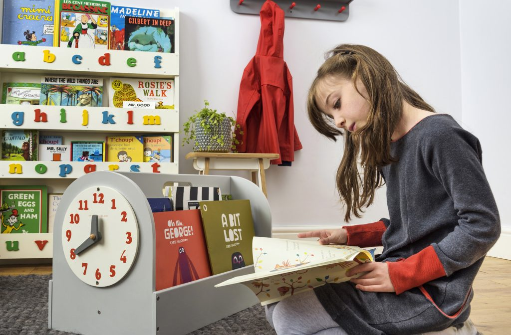 The Tidy Books Box puts books within easy reach of kids to help stop the summer reading slump
