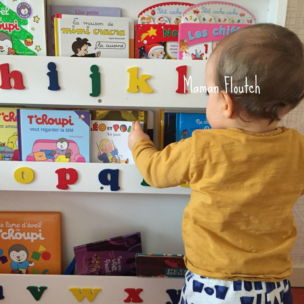 kids bookcase, kids book storage, front facing book display, alphabet bookcase, learning the alphabet